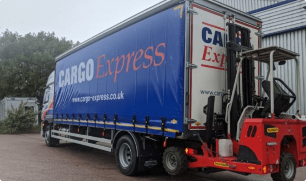 A New DAF 260CF 18 tonne with Truck-Mounted Forklift Capability joins the Fleet Thumbnail