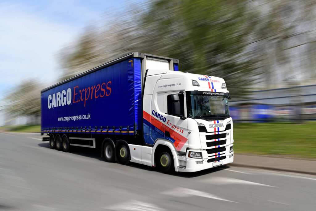 3 REASONS TO START YOUR CAREER IN TRANSPORT AND LOGISTICS Thumbnail